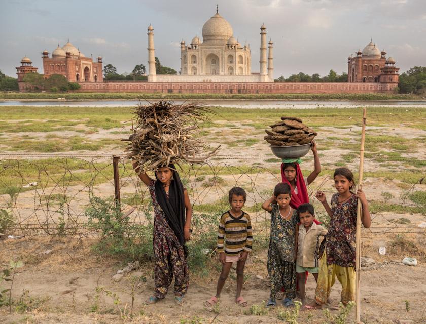 North India - Contrasts at Taj Mahal